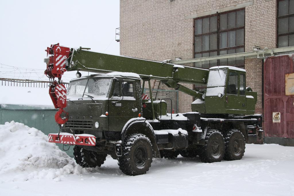 Автокран КС-3574М2 на шасси КАМАЗ-53501