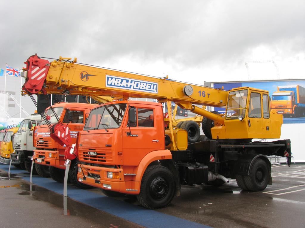 16-тонник КС-35714К-3 образца 2006 года, на шасси КАМАЗ-53605